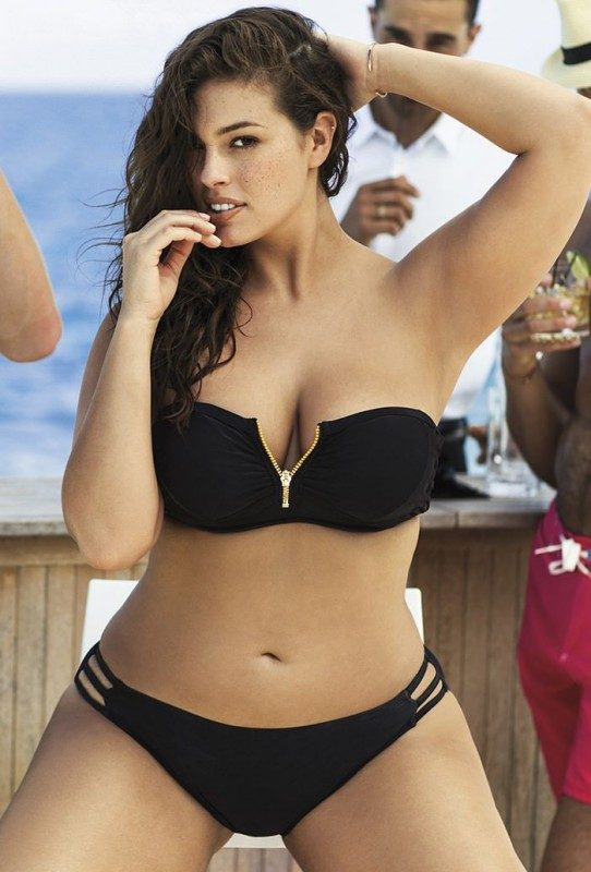 Plus Size Model Ashley Graham Shows Off Curves In The Sports Illustrated Swimsuit Issue Ad1